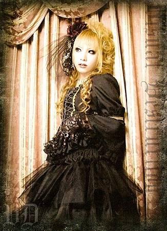 HIZAKI05.jpg