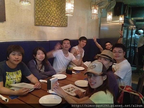 長灘島CYMA要用餐了