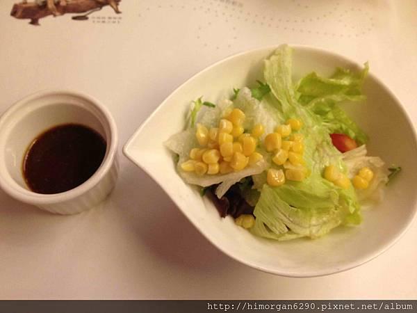 台中文華道會館沙拉