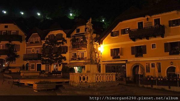 Austria Hallstatt 晚上街景-1