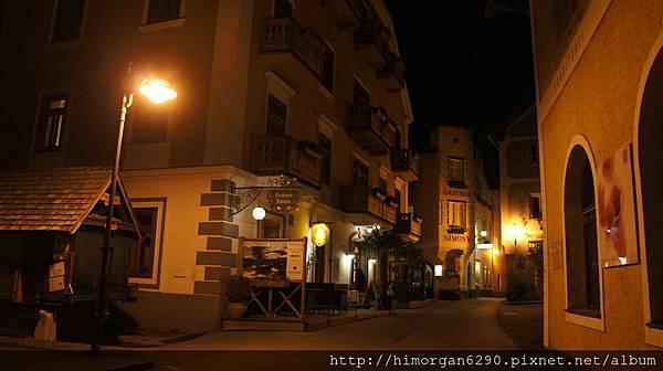 Austria Hallstatt 晚上街景