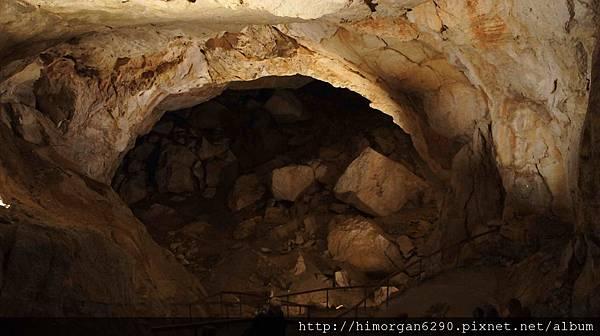 Hallstatt Giant Ice Cave-1