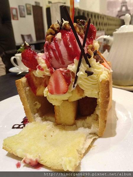 Bravo普拉伯義大利坊-我愛草莓蜜糖吐司-1