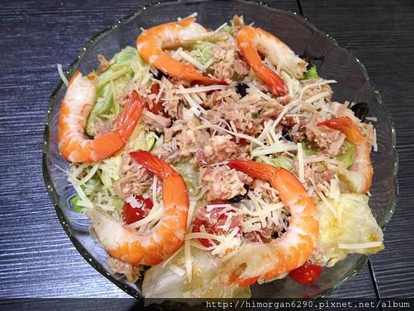 普拉伯義大利坊-鮪魚鮮蝦沙拉