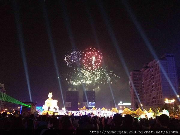 2013新竹燈會-煙火-1