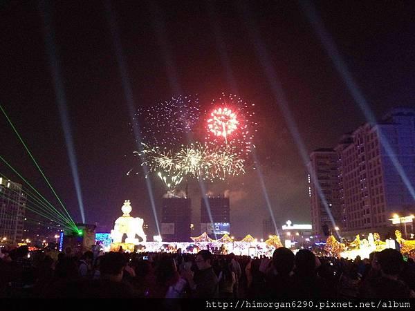 2013新竹燈會-煙火-2