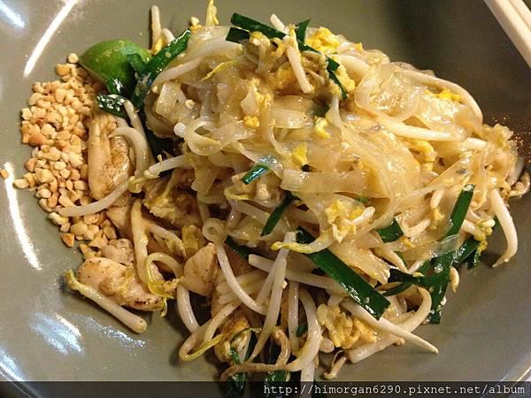 泰國-考山路40年老店-雞肉河粉