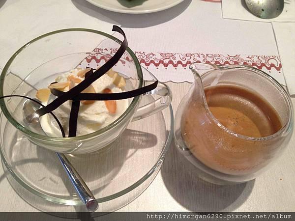 恬心朵朵-香草冰淇淋佐濃縮咖啡