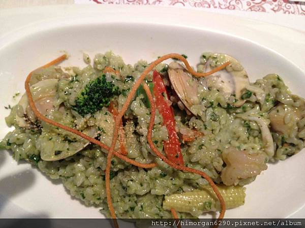 恬心朵朵-羅勒奶油海鮮總匯義大利燉飯-1