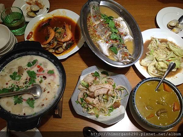 喜樂魚泰式料理-所有菜-1.jpg