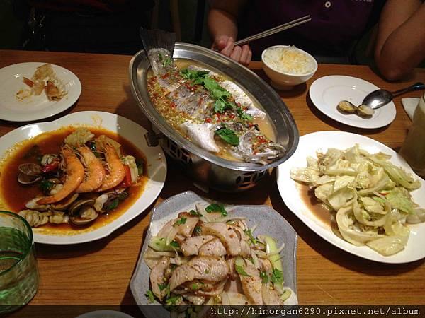 喜樂魚泰式料理-所有菜.jpg