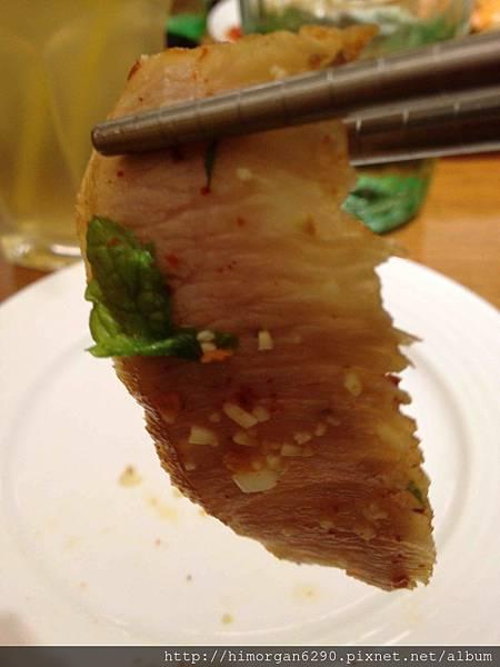 喜樂魚泰式料理-涼拌松阪豬肉-1.jpg