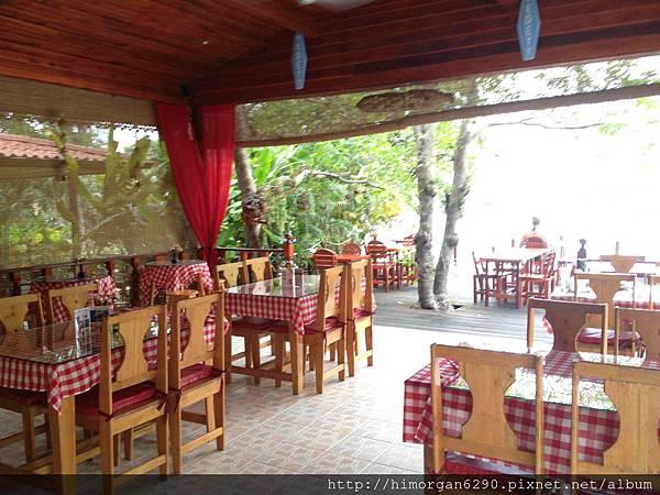Cyana Beach Resort-breakfast-1.jpg