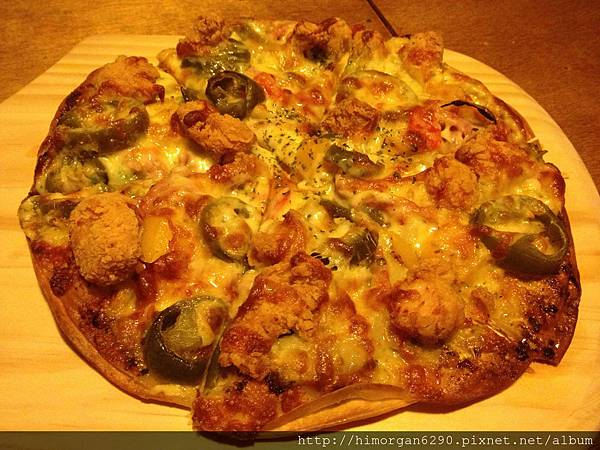 路德威手工啤酒餐廳-墨西哥辣雞披薩-1.jpg