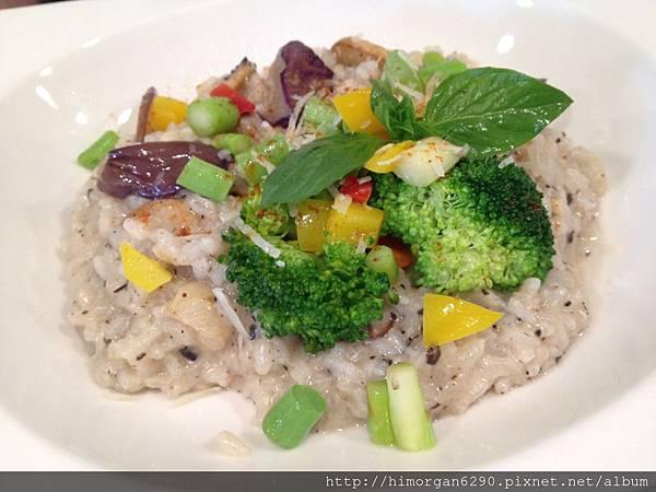 晨市輕食-松露蘑菇燉飯-1