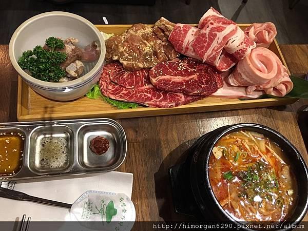 滋滋咕嚕韓式烤肉-18