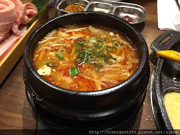 滋滋咕嚕韓式烤肉-21
