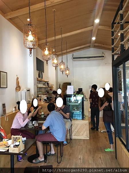 little zoo cafe-1.JPG