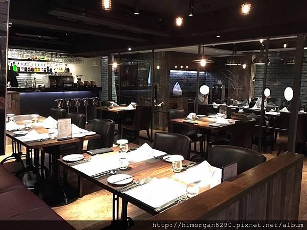 艾朋牛排餐酒館-6.JPG