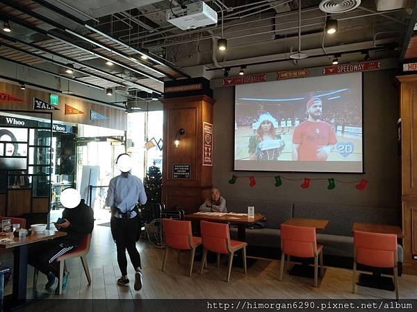 Campus Cafe-2.jpg