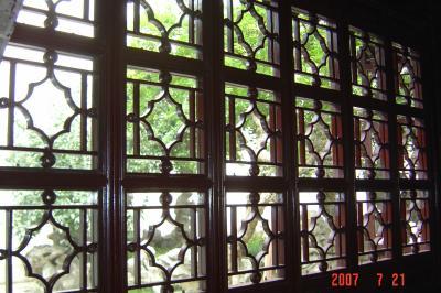 蘇州園林的趣味(7):獅子林的彩色花窗入畫來10(96.7.26)