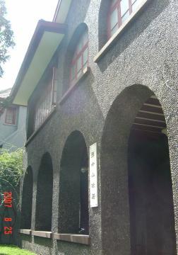 蘇州上海行(8/25):外灘+城隍廟+孫中山文物館+書店17(96.9.20)