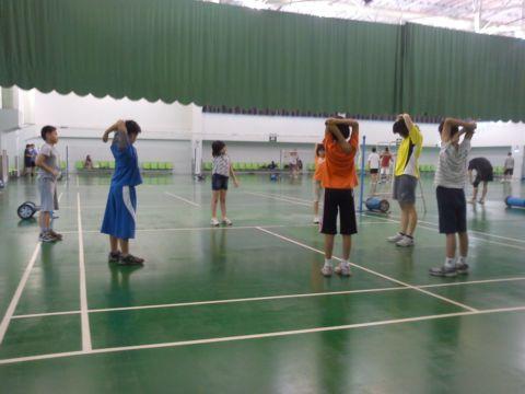 [小三]周末的運動 ~ 學羽球(100.11.11)