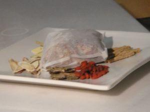 廚房之歌 ~ 肉骨茶(100.12.30)