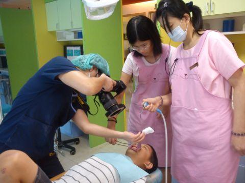 檢查牙齒和眼睛,準備開學(101.8.28)