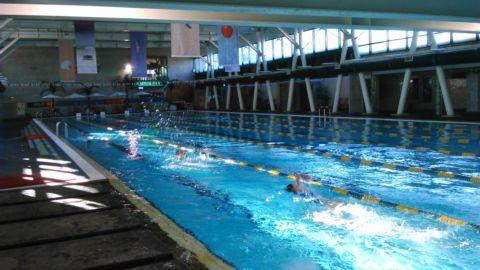 暑期游泳課開始了(103.7.9)