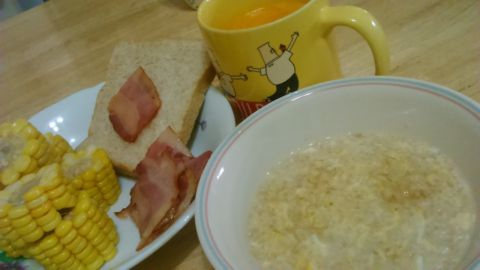 旅行回家後的第一頓早餐(104.6.29)