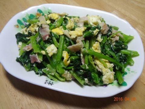 菠菜炒培根蛋(105.4.3)