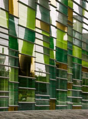 專題文章 ~ 玻璃的表現性(106.8.19)