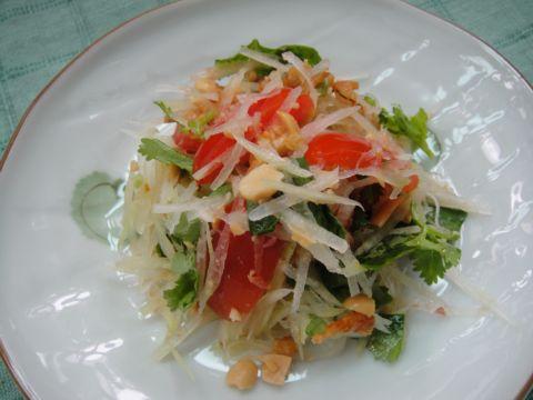 試做「泰國青木瓜沙拉」(99.3.2)