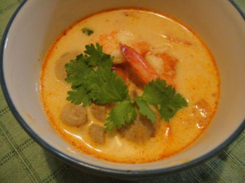 試做「 泰式酸辣海鮮湯」(99.3.7)
