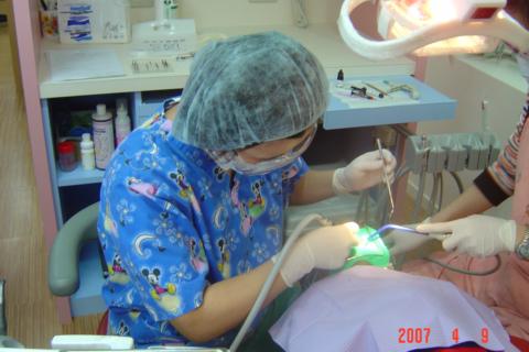 我的牙醫師 ~ 一個好的帶領者(99.4.23)