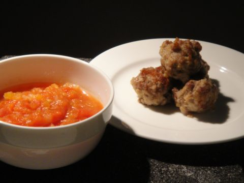 番茄洋蔥醬 + 肉丸子(100.5.19)