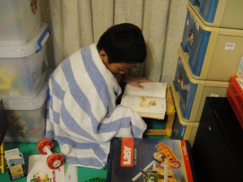 一個讀「神奇樹屋」的小孩(99.10.20)