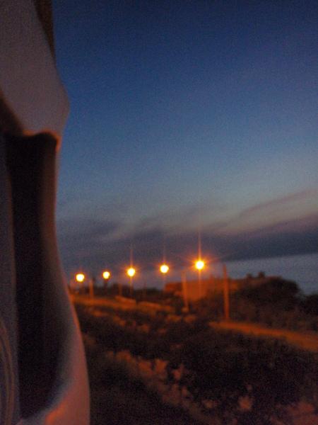 四點半起來看日出,天還濛濛亮
