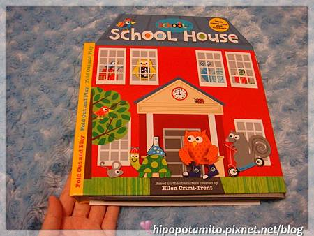 《School House》森林小學立體遊戲書