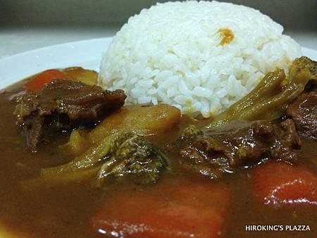 [美食料理動手做]---日式牛肉咖哩飯