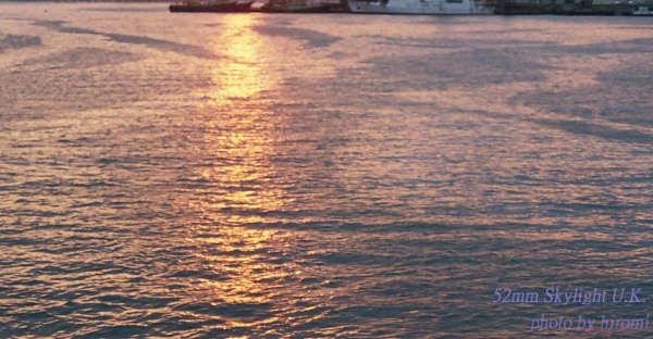 基隆和平港 倒映景色