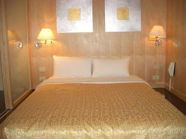 桃企_Room2