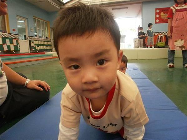 2012.5.3 體能課~ 1234,2234,...小小選手做運動嚕!-5