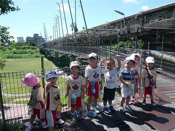 2012.8.21 河濱公園散步去-3.jpg