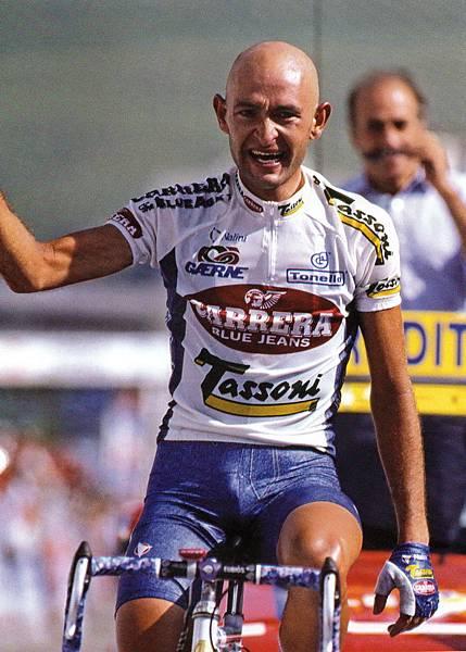 1995環法賽,Pantani舉手慶祝奪得單站冠軍