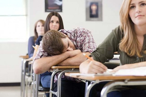 elite-daily-student-sleeping-in-class