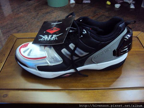 shoe03.JPG