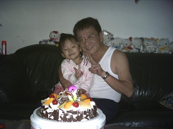 07)-2006,11,01-3歲生日.JPG