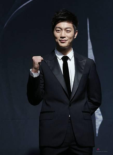 Yoon_Doo-Joon_in_IRIS2_Press